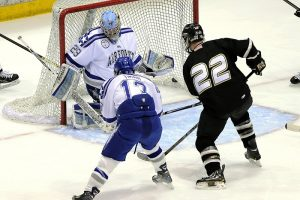 Hokejové korčule a ostrosť nožov